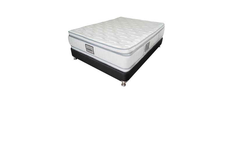Gold-pillow-2018-base-2000x2000